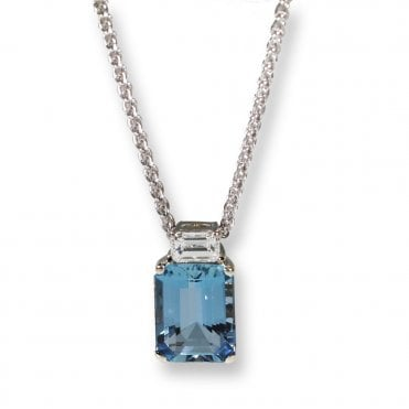 18 white and yellow gold Aquamarine and diamond pendant