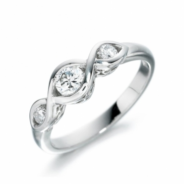 18 White Gold Three Stone Diamond Ring 1I16A