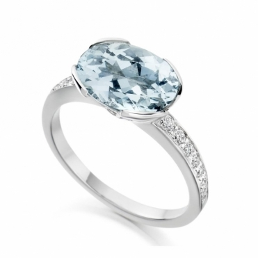 18ct White Gold Diamond & Aquamarine Ring 1Y69A
