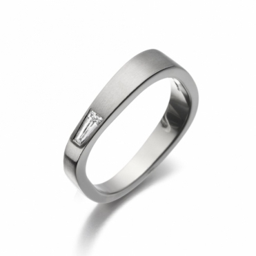 18ct White Gold Mens Diamond Ring