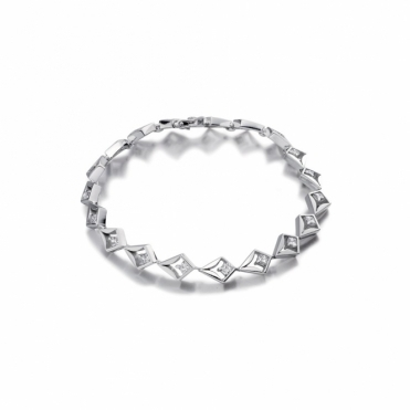 18ct White Gold Princess Cut Diamond Bracelet. Design No. 1V15A