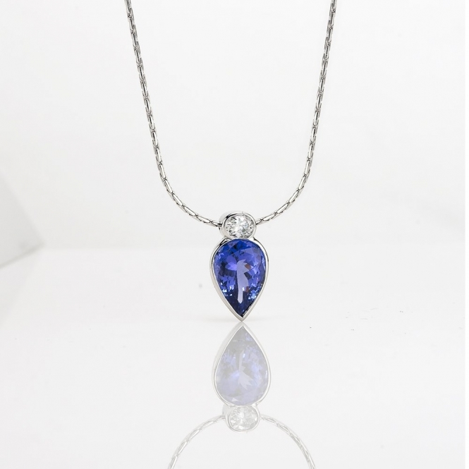 18ct White Gold Tanzanite & Oval Diamond Set Pendant. Design No. 1U80A