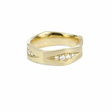 18ct Yellow Gold Diamond Fancy Wedding Ring