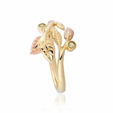 Awelon 9ct Gold & Green Peridot Ring