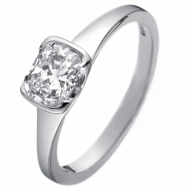 Cushion Cut Diamond Solitaire in Platinum