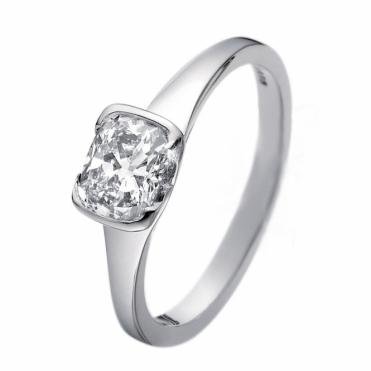 Cushion Cut Diamond Solitaire in Platinum