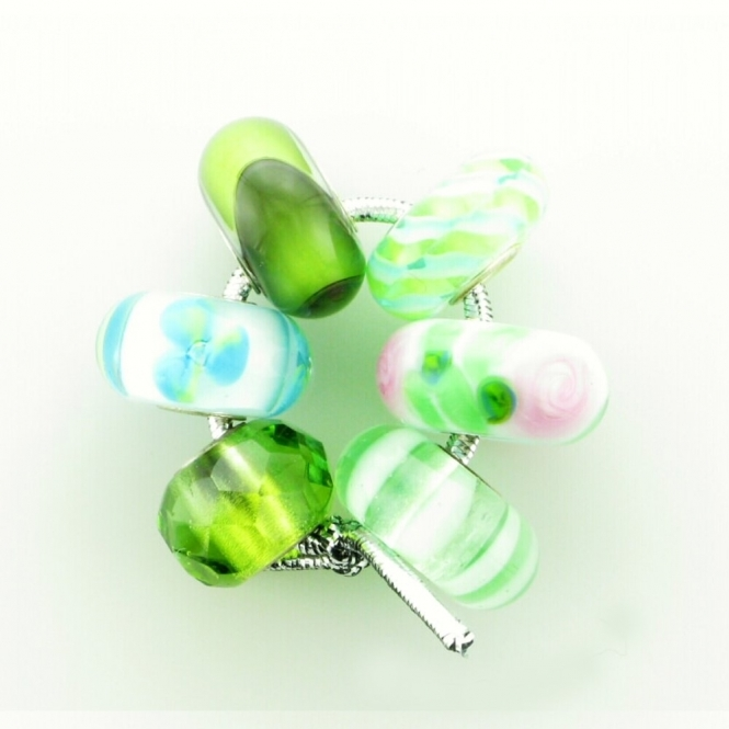 Group 1 Glass Green Hues Trollbeads Kit RRP £150