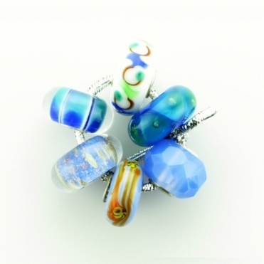 Group 1 Glass Mid Blues Trollbeads Kit RRP £150