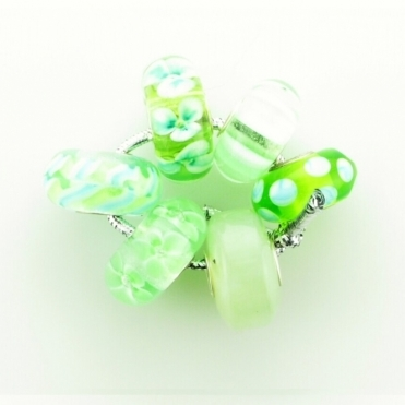 Group 1 Glass Pale Greens Trollbeads Kit RRP £150