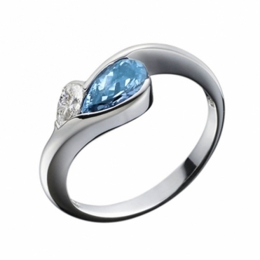 Pear Shape Aquamarine and Diamond Ring