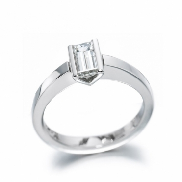 Platinum Baguette Diamond Solitaire Ring 1T44A