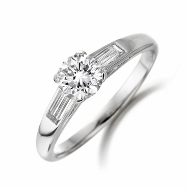 Platinum Brilliant Cut Diamond Shoulder Stone Ring 1V53