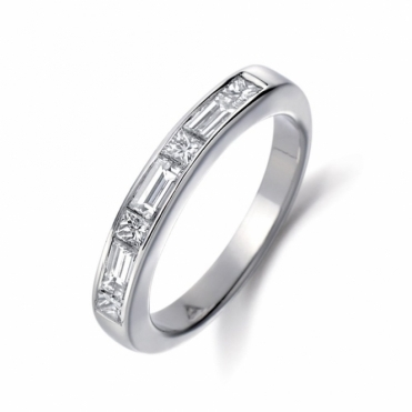 Platinum Diamond Set Ring. Design No. 1P82A