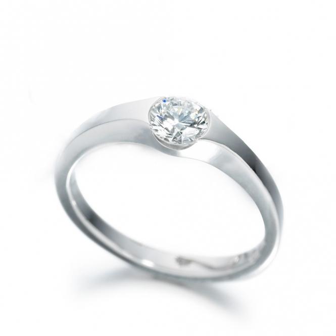 Platinum Diamond Solitaire Ring 1R89A