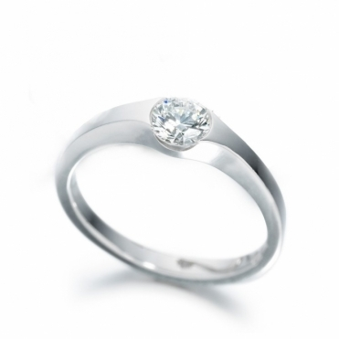 Platinum Diamond Solitaire Ring 1R89A