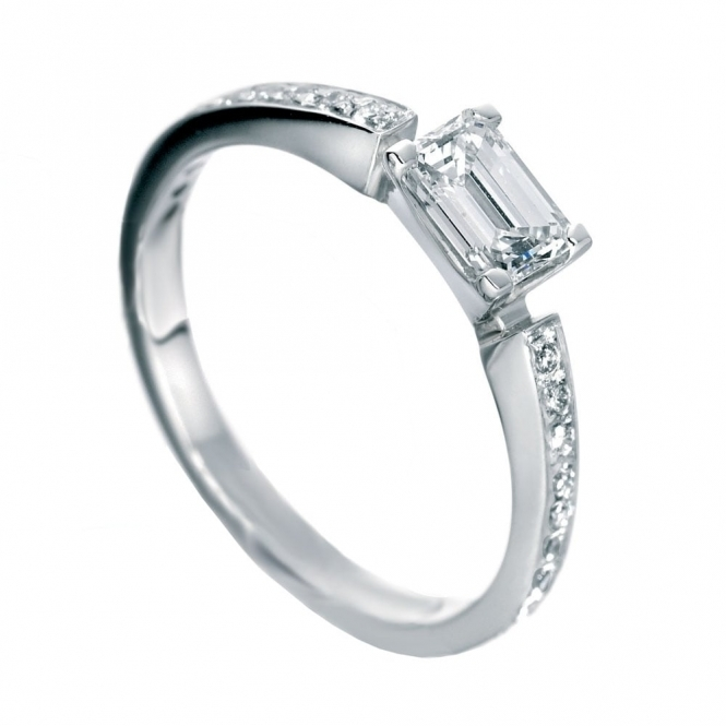 Platinum Emerald Cut Diamond Ring Set With Brilliant Cut Diamond Shoulders