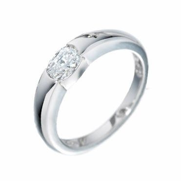Platinum Oval Diamond Ring 1Q75