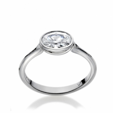 Platinum Oval Diamond Solitaire Ring 1T64A