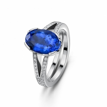 Platinum Oval Tanzanite & Diamond Split Shank Ring