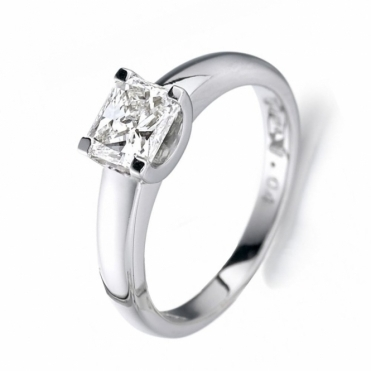 Princess Cut Diamond Ring in Platinum