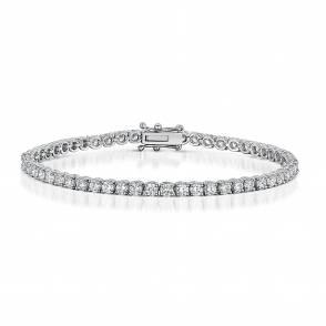Diamond Line Bracelet in 18 White Gold