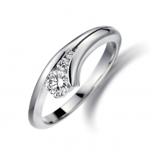Platinum Brilliant Cut Diamond Set Ring