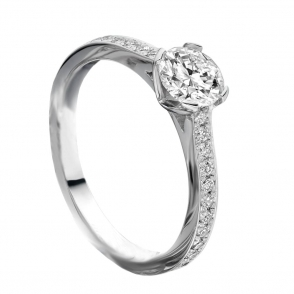 Platinum Diamond Ring with pave set shoulders