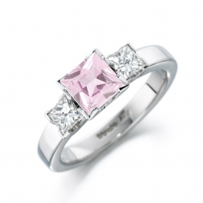 Platinum Morganite and Diamond Ring 1S337