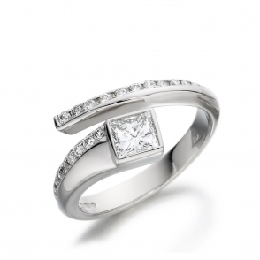 Platinum Princess Cut Diamond Ring 1V06A