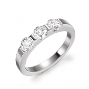 Platinum Three Stone Brilliant Cut Diamond Ring