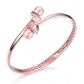 Snowdrop Pearl Bangle in Rose Gold Finish