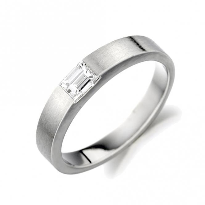 Single Stone Baguette Cut Diamond Ring